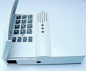 Funk-Empfänger mit Telefonwählgerät (c) funkinstallation.de