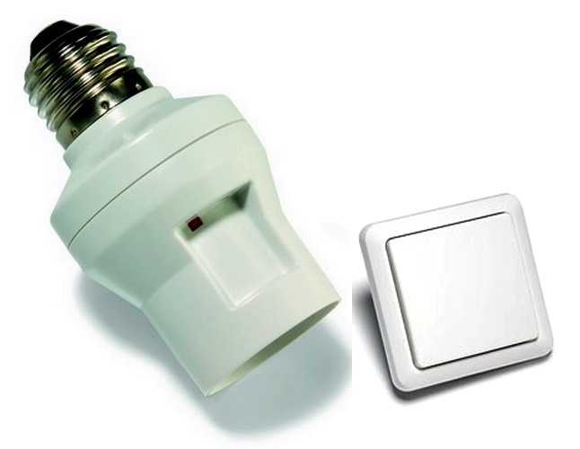 SPARSET-07: Intertechno Funk-Lampenfassung LBUR-100 + Count-Down-Timer-Wandsender
